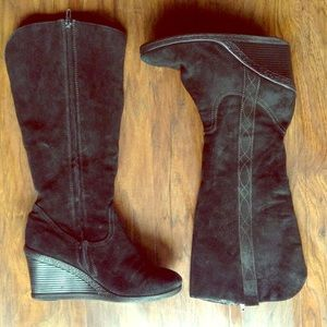 White mountain wedge boots